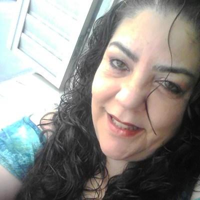 ELLY-, 50 anos, namoro no Brasil