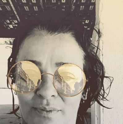 Ruiva, 54 anos, namorar mulher