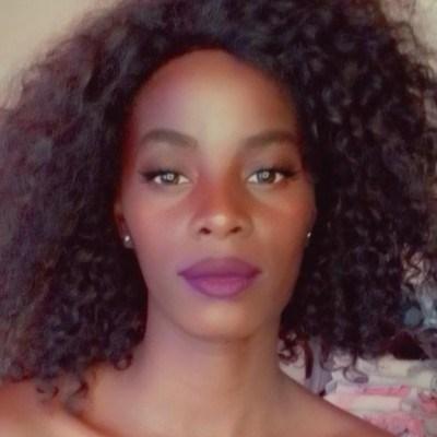 Flávia, 28 anos, site de namoro gratuito