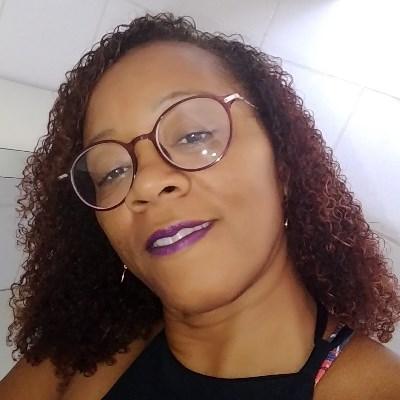 Neidinha, 49 anos, site de encontros
