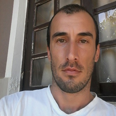 Nando, 34 anos, namoro online gratuito
