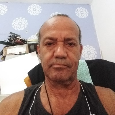 carinhoso, 58 anos, namoro serio