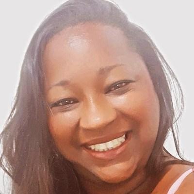 Caty, 40 anos, site de encontros