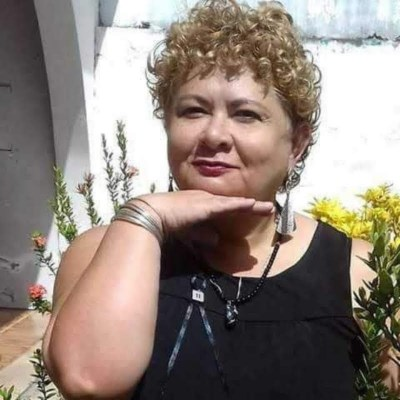 Guenevere, 55 anos, site de relacionamento