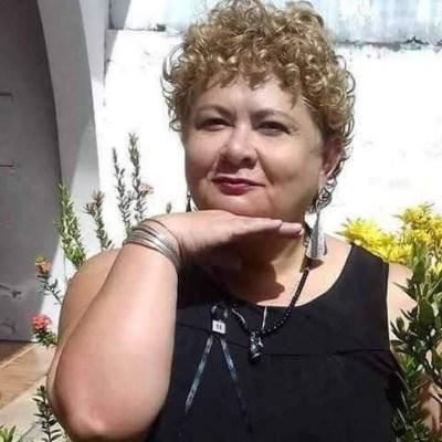 Guenevere, 55 anos, site de namoro gratuito