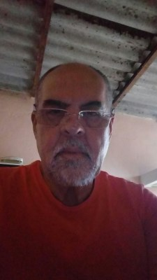 Tabaquinho, 59 anos, par perfeito