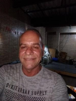 Wawa, 59 anos, namoro online