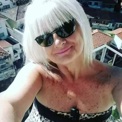Verusca, 53 anos, azaração