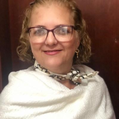 Mônica, 53 anos, site de namoro