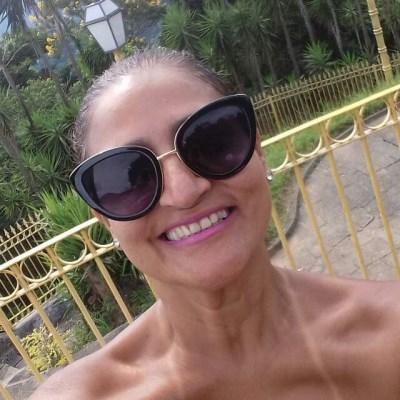 Cyssa, 48 anos, namoro