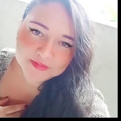Renata, 34 anos, namoro