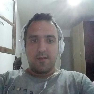 Rkomninos, 35 anos, namoro no Brasil