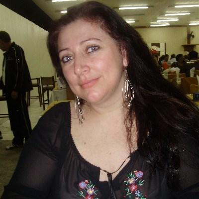 Silvana, 48 anos, app de namoro gratuito