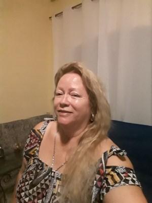 Diva, 62 anos, solteira