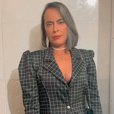 Nanda, 33 anos, namoro