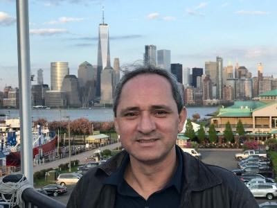 Silvano, 49 anos, arrumar uma namorada