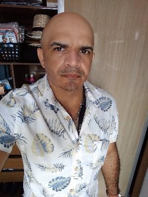 Lima, 45 anos, Site de Relacionamento, Namoro e Encontros Grátis. Namoro online