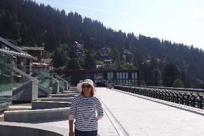 Lucia, 59 anos, namoro gratis