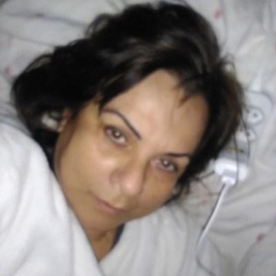 Sheila, 61 anos, namoro online gratuito