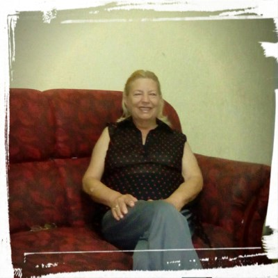 neyde, 68 anos, romance