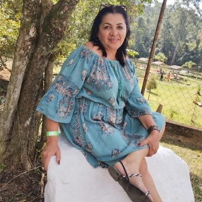 Mendes, 51 anos, namoro