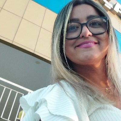 Bia, 42 anos, site de encontros