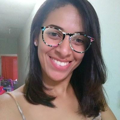 Kiria, 35 anos, namoro serio