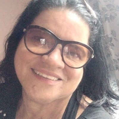 Virginia Carlos, 64 anos, namoro online gratuito