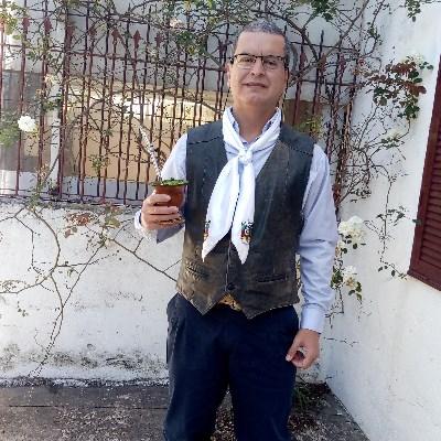 Caiti, 50 anos, site de namoro