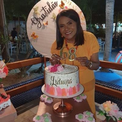 Lidu, 66 anos, site de namoro gratuito