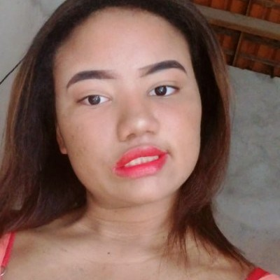 Linda, 18 anos, namoro online gratuito
