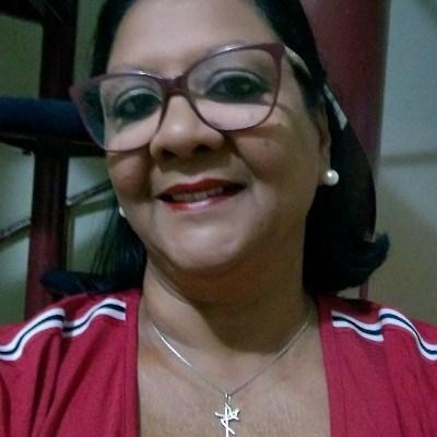 Mada, 52 anos, namoro online gratuito
