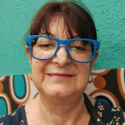 Carinhosa, 60 anos, site de relacionamento gratuito