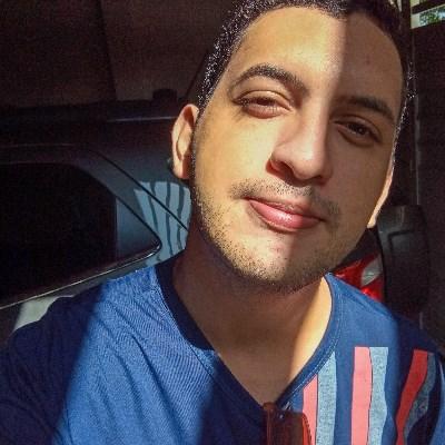Iury Rocha, 22 anos, site de encontros