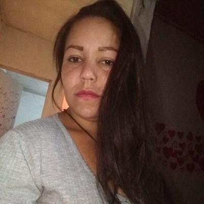 Linda, 24 anos, site de encontros