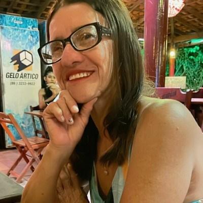 Milú, 54 anos, site de relacionamento gratuito