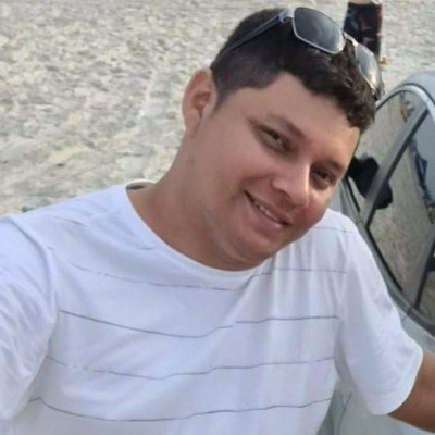 Carlos, 37 anos, namoro