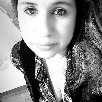 Mika, 32 anos, site de relacionamento gratuito