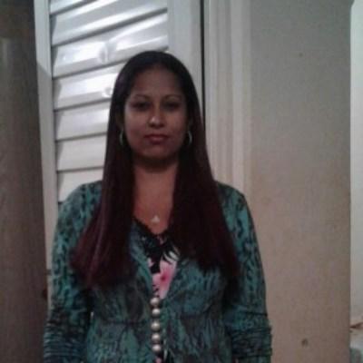 Sirlene, 20 anos, site de encontros