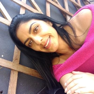Tatiane, 38 anos, namoro