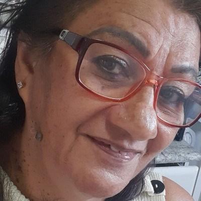 Liz, 65 anos, namoro serio