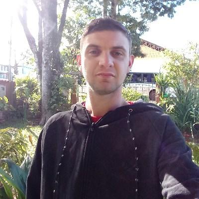 Michael, 24 anos, namoro online