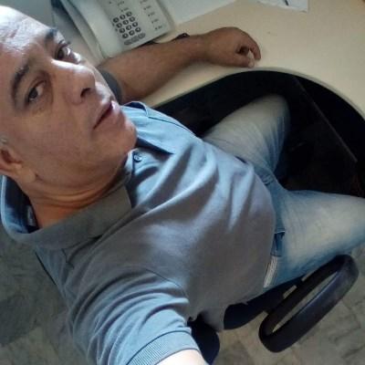 Carlito, 49 anos, namoro online gratuito