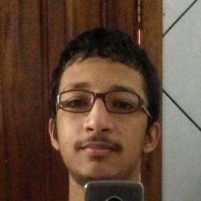 Pedro, 18 anos, site de encontros
