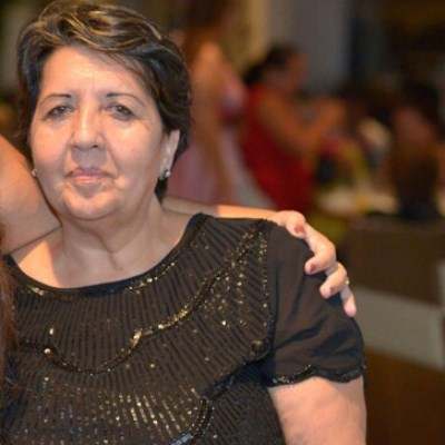 Rose, 65 anos, namoro online gratuito