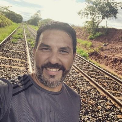 Fernando, 40 anos, namoro serio
