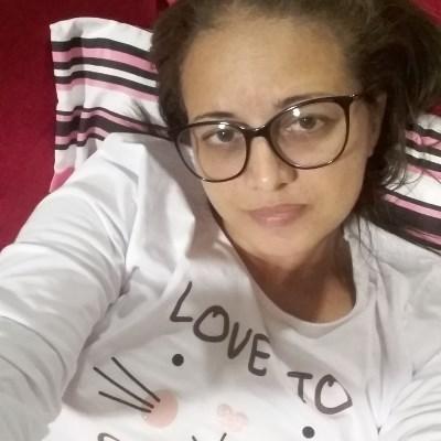 Aline, 42 anos, namoro online