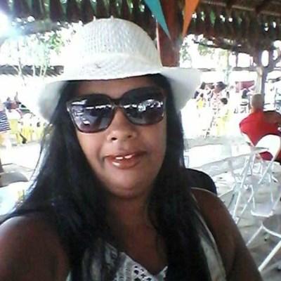 Carla, 45 anos, namoro online gratuito