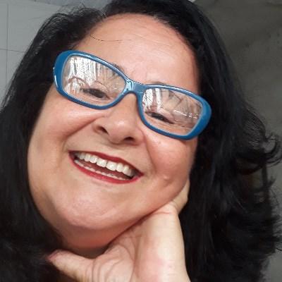 Bonita, 59 anos, namoro online gratuito