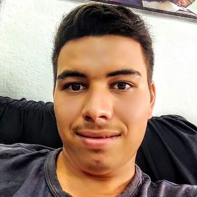 Mateus, 19 anos, site de relacionamento
